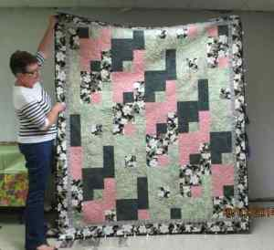 S&Tell Oct 2014 quilt club 019 (13)