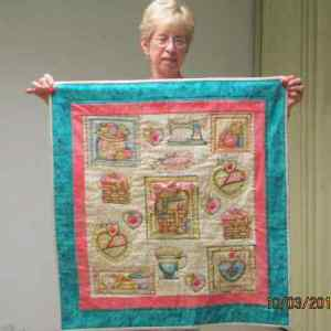 S&Tell Oct 2014 quilt club 019 (17)