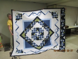 S&Tell Oct 2014 quilt club 019 (4)